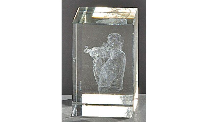 Kristallquader Gewehrschütze 8x5cm