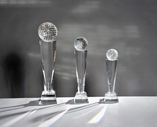 Kristallglasständerserie mit Golfball (Glas)